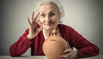 Легко ли живётся на пенсию в Грузии? Расчёт обычной пенсионерки, а не госстата