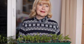Хоть пенсии в Кемеровской обл в среднем не большие, но при разумном подходе, можно жить вполне сносно и даже откладывать