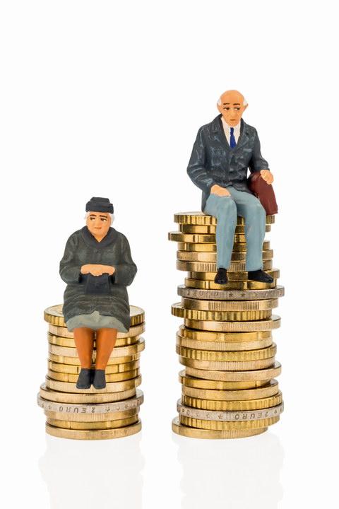 «Дар экономить приходит не с рождением, он приобретенный. Выйдя на пенсию, постепенно, каждый этому обучается»