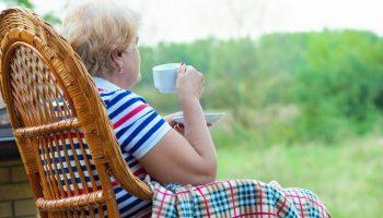 «Жить на пенсию можно, но нужно научиться довольствоваться малым и сохранять позитивный настрой»