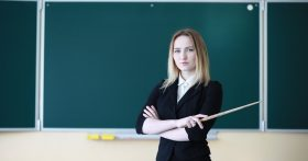 Откровения молодого педагога обычной школы из Кемерово: очень люблю свою работу, но выжить за такую зарплату невозможно