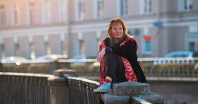 «Зарабатываем 65, откладываем 20. Хочешь-не хочешь, а квартира нужна» — читатели из СПб рассказывают, как копят и на что