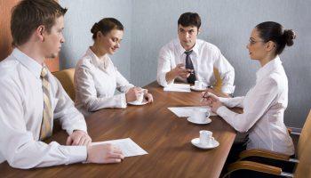 Как я работала администратором в банке? Главное зарплата — 30тыс для студентки в Саратове – это работа мечты