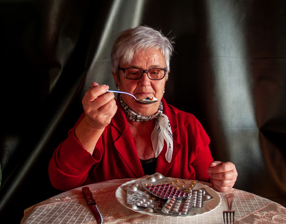 Много читаю про иностранных пенсионеров – они наслаждаются жизнью. А мы? Могу только заплатить за квартиру и немного еды