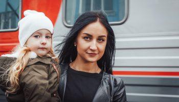 «Работаем и зарабатываем в разы больше, чем дома. Чем быть недовольной?» История переезда семьи из Узбекистана в Москву