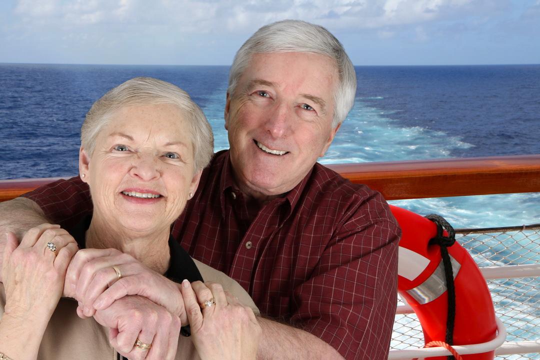 С мужем пожили, знаем и детям твержу: «Хотите хорошо жить на пенсии- экономьте сейчас. Откладывайте, покупайте квартиры»